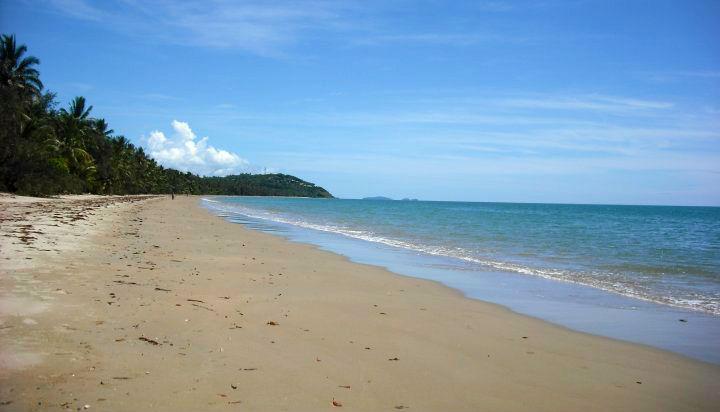 beach-stretch
