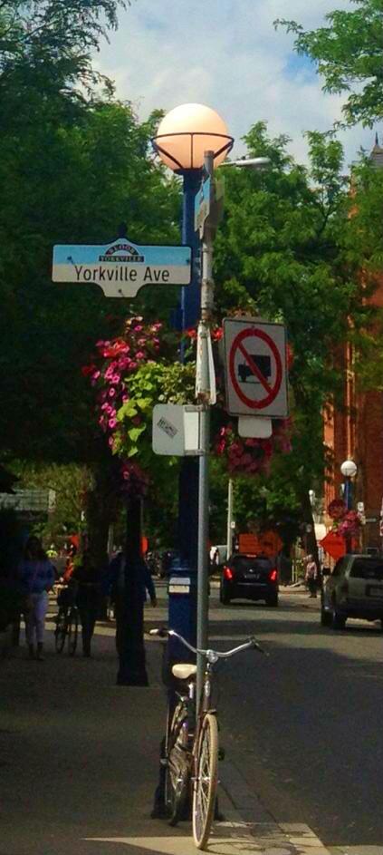 Yorkville ave